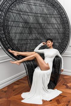 Micah-Gianneli-Vito-Selma-Paris-Editorial-All-White-Style-Best-Top-Australian-Fashion-Blogger-Peacock-Chair by Vito Selma