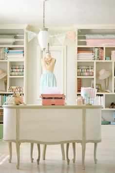 This is almost the same color motif I want in my home office/craft room.