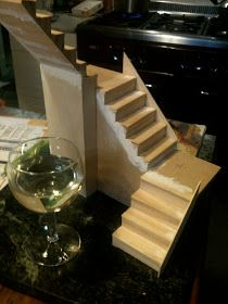 Architecture of Tiny Distinction: A Little Staircase