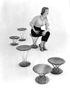 Isamu Noguchi - stool - side table too !