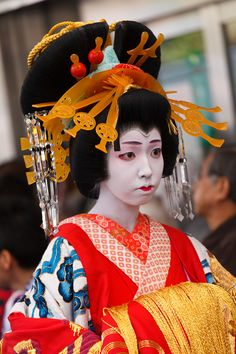 Oiran - Hairstyle Japanese Things, Japanese Girl, Traditional Fashion, Traditional Outfits, Amaterasu, Island Nations, Fantasy Hair, Hair Reference, Japanese Outfits