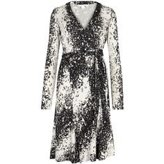 Diane von Furstenberg Black and white silk wrap dress (729,110 KRW) ❤ liked on Polyvore featuring dresses, diane von furstenberg, black and white silk dress, diane von furstenberg dress, silk wrap dress and white black dress
