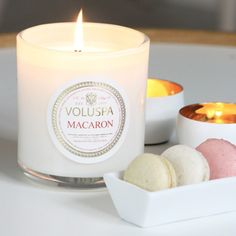 I love this photo of the #Voluspa #Macaron #candle by Chic Obsessions. Such a gorgeous photo and fragrance! It's one of my favorites. Find the candle here -> http://www.candlesoffmain.com/voluspa-maison-blanc-macaron-candle-12oz-jar.aspx