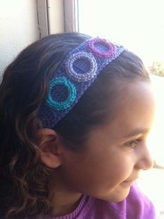 headband with 3 crocheted rings