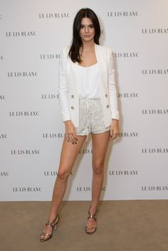 kendall-jenner-le-lis-blanc-photocall-in-sao-paulo-brazil-52815.jpg - Kendall Jenner - Le Lis Blanc Photocall in Sao Paulo, Brazil 5/28/15