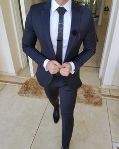 outfit inspiration Looking for a new way to style your favorite pieces? Read on for the best in outfit inspiration and ideas for every occasion from work to special events. Indian Men Fashion, Mens Fashion Suits, Mens Suits, Dress Attire, Men Dress, Terno Slim, Classy Suits, Designer Suits For Men, Business Mode