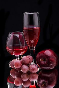color shades fushia pink red red shades red color colour burgundy burgundy wine fruits picture reds maroon mm wine duvino reds cranberry wine