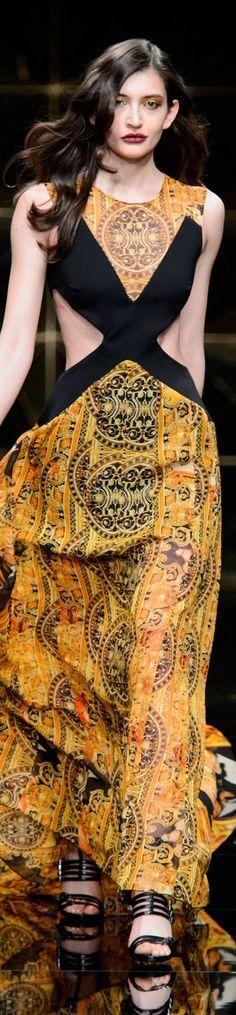 b88a4ea8ff60 37 fantastiche immagini su Abiti cerimonia Glamour
