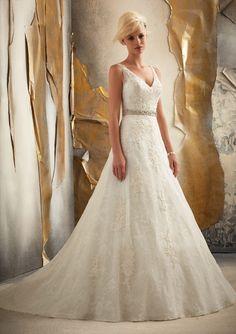 70542ca2a7d0 Mori Lee 1915 Size 12 PreOwned Wedding Dress | Still White Australia  Chantilly Lace, Dress