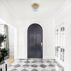 From marble slabs to mosaic patterns, discover the top 50 best entryway tile ideas. Explore rustic to modern foyer flooring design inspiration. Design Entrée, Foyer Design, House Design, Interior Design, Design Ideas, Pattern Design, Front Door Entryway, House Front Door, Entry Tile
