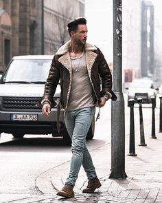 Style by @magic_fox Via @streetfitsgallery Yes or no? Follow @mensfashion_guide for dope fashion posts! #mensguides #mensfashion_guide