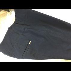 WHBM Skinny Ponte Pants Perfect condition. Skinny leg. White House Black Market Pants Skinny