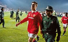 Manchester United played in Istanbul in the European Cup in November 1993, the Galatasaray fans conjured up an atmosphere that redefined the term terrifying