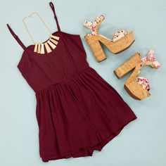 Romp Around. Love the color. Not a fan of the shoes though Cute Summer Outfits, Spring Outfits, Casual Outfits, Cute Outfits, Casual Summer, Look Fashion, Fashion Outfits, Womens Fashion, Looks Style