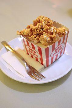 Dulce Budapest: una merienda en Sugar!  Cheesecake con palomitas. #budapest #sugar! @frostingbcn