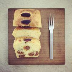 「 tea time ☕️ :-p  #poundcake #teatime #foodpic #foodphoto #yummy #fig #foodstagram #baking 」