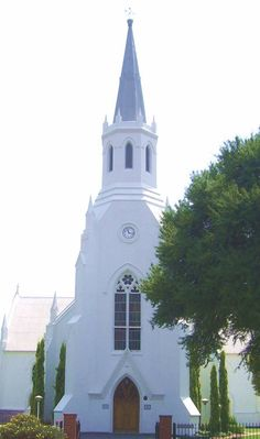 The old White Church (Dutch Reformed), a historical landmark in Middelburg, Mpumalanga. Photo: Mariaan M. Historical Landmarks, Church Architecture, Church Building, Out Of Africa, My Land, Cathedrals, Christian Faith, Beautiful Space, Continents