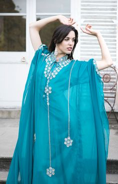 Robe de Dubaï, Modèle Muscari.