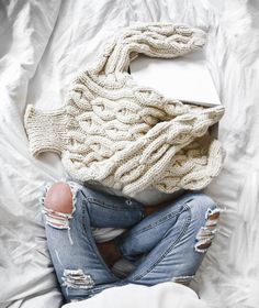 ESSENTIALS FOR YOUR WARDROBE: THE KNIT TO END THE REST  chunky cable knit and ripped jeans - wardrobe essentials