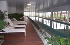 Brooklin Lux - An excellent indoor exercise pool isn't the only delight this building has in store! An exquisite gym and rooftop pool, as well as a spa area are all on offer. This luxurious, one bedroom apartment is ideal for those being relocated to São Paulo for the short or long term. Rooftop Pool, Furnished Apartment, One Bedroom Apartment, Rental Apartments, Perfect Match, Spa, Stairs, Indoor, Exercise