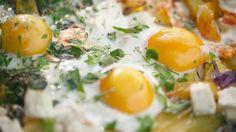 Zdravá a návyková snídaně, to může být podle šéfa i bramborová omeleta Frittata, Eggs, Breakfast, Food, Morning Coffee, Essen, Egg, Meals, Yemek
