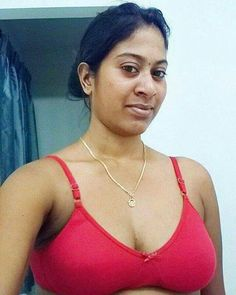 Kerala plamper aunty ass photo