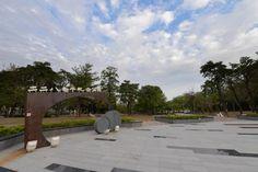 鹽埕228和平公園&228和平紀念碑