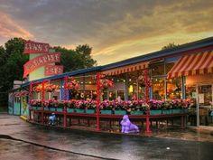 Lynn's Paradise Cafe, Louisville