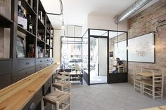 #Cafeteria #Restaurante #contemporaneo #contract via @planreforma #sillas #estanterias #suelos