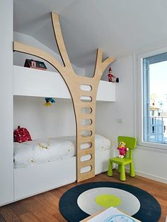 If I was to have this kind of bed, I would have friends over everyday.