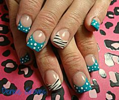 Polls dots and stripes nail art