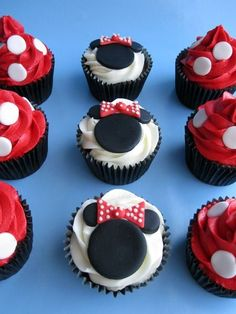 Minnie Mouse Cupcakes by Lutycar