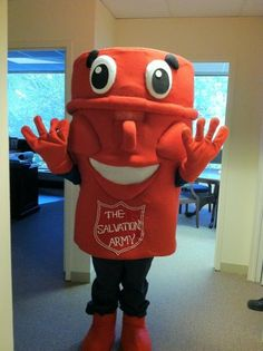 Kettle Man has arrived! He's getting ready for the #KettleClassic on April 28 in DC!