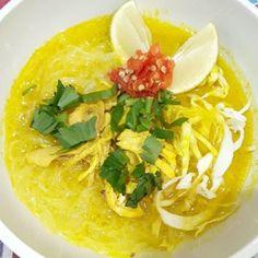 Soto Ayam Bumbu Kuning Creative Food, Thai Red Curry, Ramen, Pasta, Ethnic Recipes, Pasta Recipes