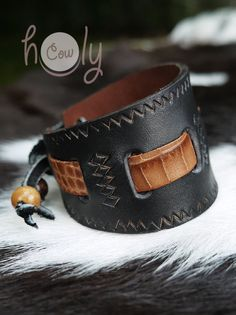 Handmade Mens Leather Bracelet Tribal Bracelet. от HolyCowproducts