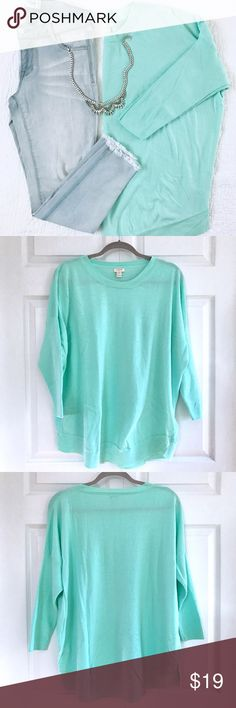 J Crew mint green oversized dolman sweater The perfect weight and color for spring! 🌷 This minty green J Crew sweater is like new (I don't think I ever wore it). It has an oversized, relaxed fit with 3/4 length (partially fitted) dolman sleeves, a curved hem and crew neck. Size XXL. Looks great with white jeans, too! J. Crew Sweaters Crew & Scoop Necks