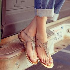 Pretty summer sandals.