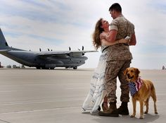 A Golden Homecoming | (U.S. Marine Corps photo by Sgt. Keonaona C. Paulo/Released)