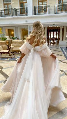 Pretty Wedding Dresses, Princess Wedding Dresses, Pretty Dresses, Bridal Dresses, Beautiful Dresses, Prom Dresses, Beautiful Wedding Dress, Elegant Wedding Gowns, Fairytale Dress
