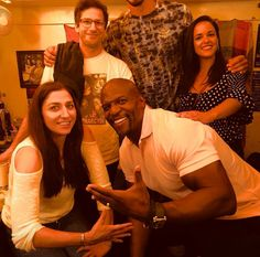 Brooklyn 99 Cast, Brooklyn Nine Nine, Best Tv Shows, Favorite Tv Shows, Series Movies, Tv Series, Jake And Amy, Terry Crews, Andy Samberg