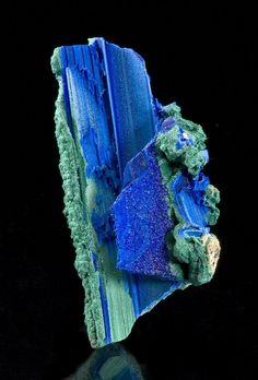 Azurite and Malachite Pseudomorph. after Selenite! - phenomenally RARE - 'after Selenite'. This started AS a White Selenite, then the atoms were replaced by Azurite (but retained the Selenite structure), and wasn then taken over again, by Malachite! Cool Rocks, Beautiful Rocks, Minerals And Gemstones, Rocks And Minerals, The Magic Faraway Tree, Mineral Stone, Rocks And Gems, Stones And Crystals, Gem Stones