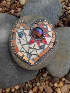One of my mosaic stones Termenón Gascó Contreras Shineys Mosaic Stones, Mosaic Rocks, Mosaic Art, Shattered Dreams, Mosaic Garden, Mosaic Projects, Pottery Designs, Garden Stones, Mosaic Patterns