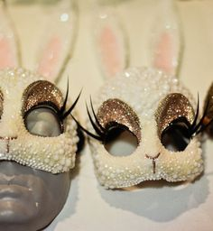 now THIS is how you do masquerade : parisian artist re-interprets the bunny mask in crystals, beads, and fake lashes a mile long. Maquillage Halloween, Halloween Makeup, Halloween Costumes, Mardi Gras, Bunny Love, Bunny Mask, Halloween Disfraces, Masquerade Ball, Rave Outfits