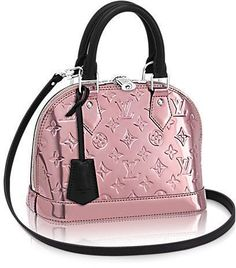Louis Vuitton Alma Metallic Bag Here's a limited edition of the iconic Louis Vuitton Alma Bag. If you're missing a bling bling handbag for the day or the evenings, now you can choose Louis Vuitton Alma Bag, Louis Vuitton Paris, Louis Vuitton Designer, Vuitton Bag, Louis Vuitton Handbags, Gucci Handbags, Purses And Handbags, Designer Handbags, Replica Handbags