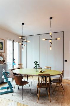Family life in an arch inspiring apartment