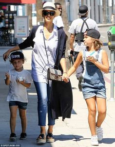Mother-daughter time! Jessica Alba spent time with her two little girls on Saturday. She treated Honor, who will turn 8-years-old on Tuesday, and Haven, 4, to lunch at M Cafe and then ice cream in Beverly Hills