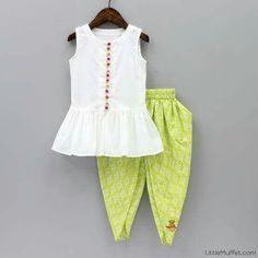 Baby Girl Frocks, Frocks For Girls, Dresses Kids Girl, Kids Dress Wear, Kids Gown, Kids Wear, Kids Frocks Design, Baby Frocks Designs, Kids Indian Wear
