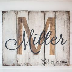 Last name with est. date rustic wooden sign made from reclaimed pallet wood DIY Wood Signs Date est Pallet reclaimed Rustic Sign Wood Wooden Pallet Crafts, Pallet Art, Diy Crafts, Pallet Painting, Barn Wood Crafts, Sign Painting, Decor Crafts, Diy Home Decor, Palette Diy