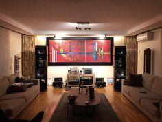 Soundathome ile gece operasyonlarda çok sık görüşeceğiz gibi  #soundathome #soundathomemustafa #lavaakustik #sound #hifi #highend #acoustic #akustik #müzik #luxery #focal #focalofficial