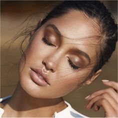 perfectly bronzed makeup inspiration